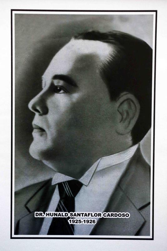 Dr. Hunald Santaflor Cardoso