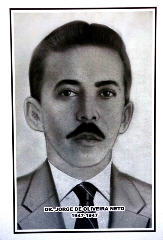 Dr. Jorge de Oliveira Neto