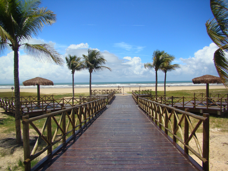 Resultado de imagem para Praia de Aruana aracaju