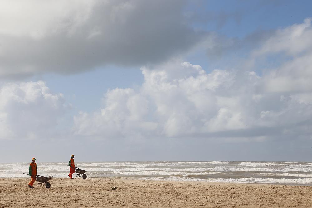Prefeitura garante limpeza constante das praias